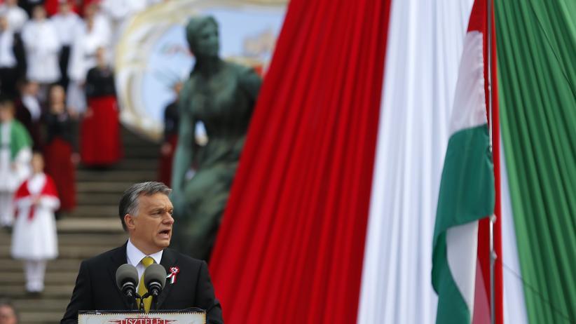 Menschenrechte: Ungarns Ministerpräsident Victor Orbán soll mehr gegen Rassismus unternehmen.