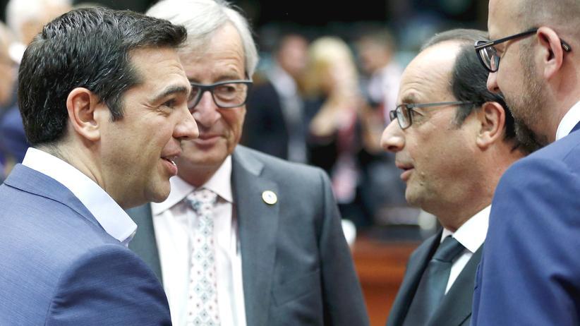Griechenlands Premier Tsipras, EU-Kommissionschef Juncker, Frankreichs Präsident Hollande and Belgiens Premier Michel (v.l.)