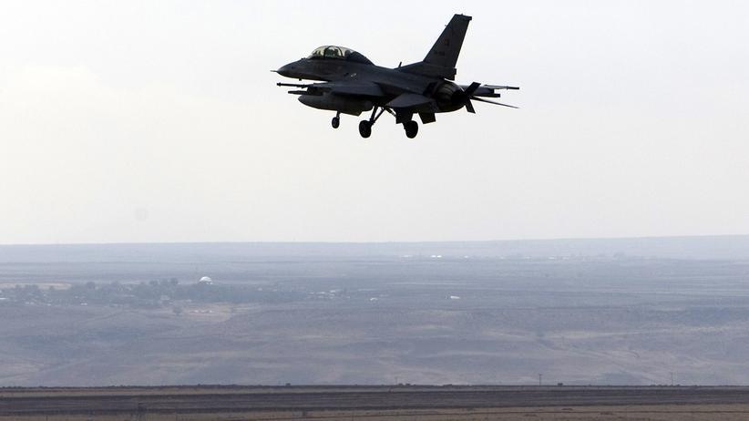 Islamischer Staat: Türkei bombardiert IS-Stellungen an der Seite der USA