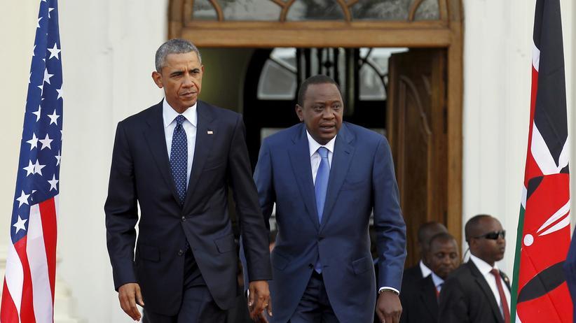 Kenia-Besuch: Barack Obama gemeinsam mit dem kenianischen Präsidenten Uhuru Kenyatta in Nairobi
