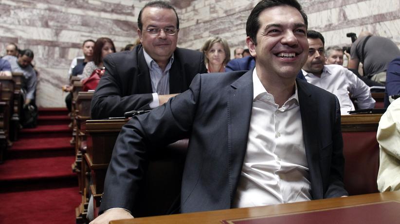 Griechenland: Parlament stimmt Spar- und Reformpaket zu