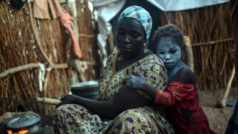 Boko Haram: Kamerun weist nigerianische Flüchtlinge aus