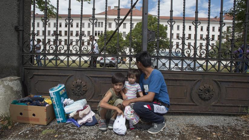 Gesellschaft, Traiskirchen, Österreich, Flüchtlingslager, Flüchtling, Obdachlosigkeit