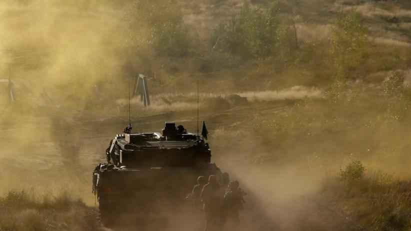 Ein Panzer vom Typ Leopard 2 A6