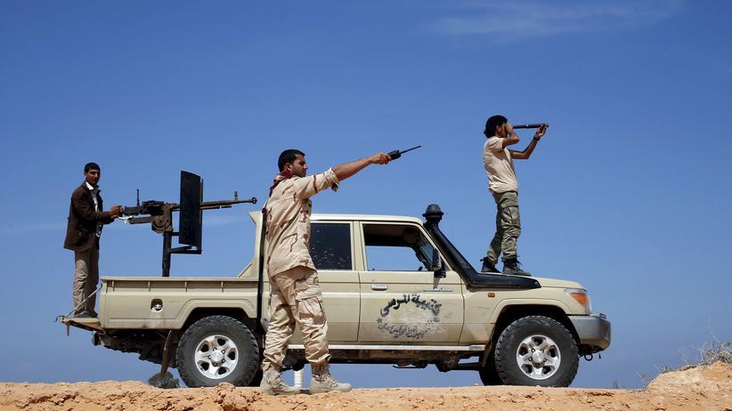 Libyen: Arabische Liga verweigert Luftangriffe auf IS
