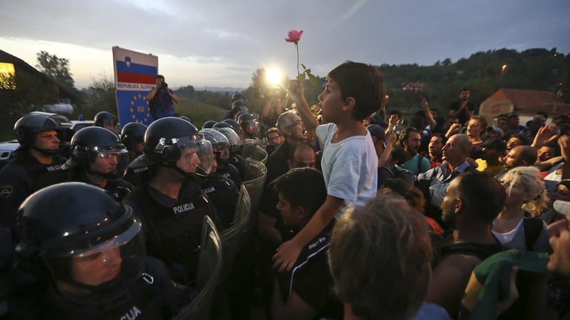 Kroatien: Slowenien wehrt Flüchtlinge mit Tränengas ab