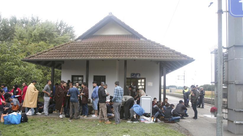 Flüchtlinge: Österreich stellt Zugverkehr mit Ungarn ein