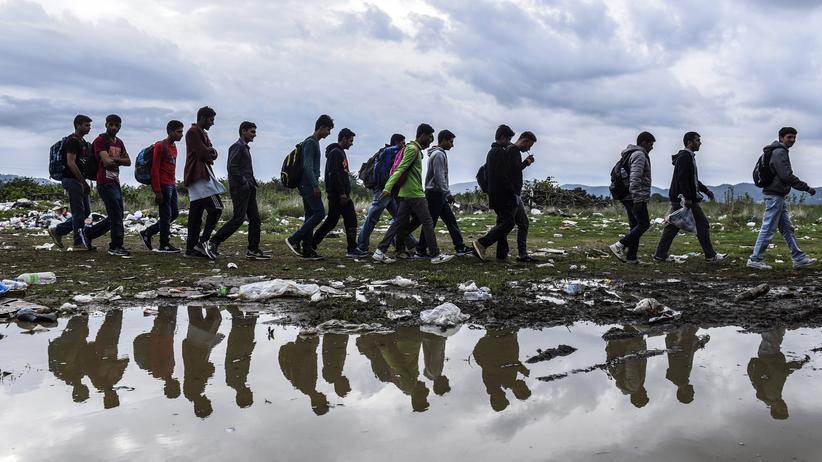 Politik, Flüchtlingskrise, Flüchtling, Einwanderung, Vereinte Nationen, Rhetorik, Medien