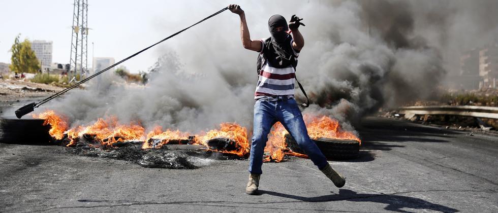 palästinensischer Demonstrant im Westjordanland