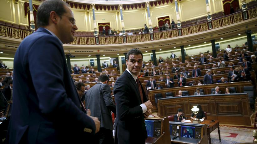 Spanien verabschiedet Budget