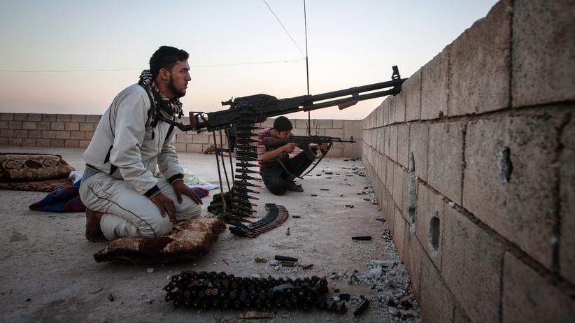 Kurdische Kämpfer der Partei YPG im syrischen Raqua