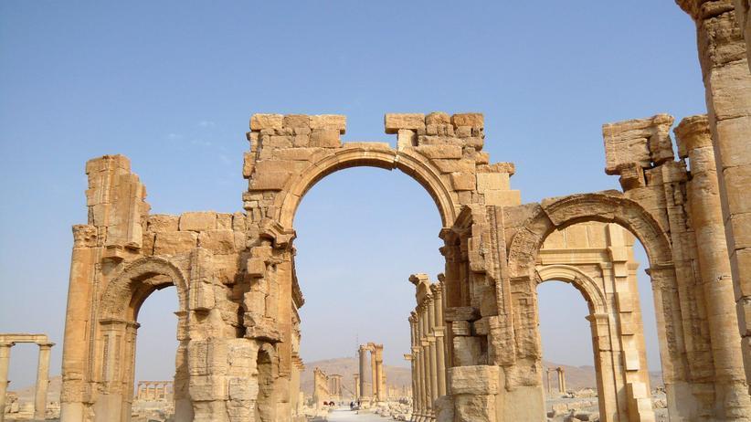 Syrien: IS sprengt antiken Triumphbogen in Palmyra