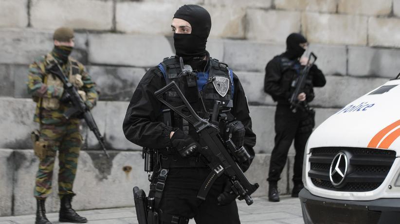 Terrorangst: Sicherheitsbeamter in Brüssel