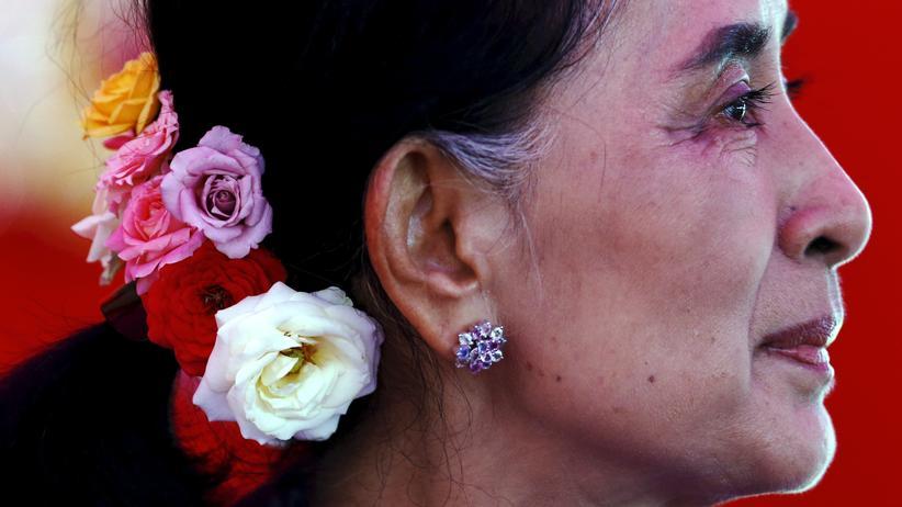 Wahl in Myanmar: Aung San Suu Kyi will die Geschicke Myanmars auch nach der Wahl weiter mitbestimmen.
