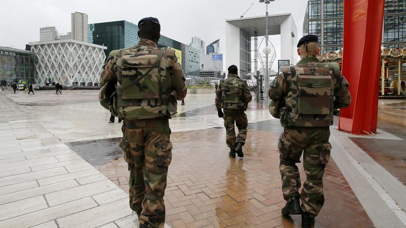 Terror in Paris: Abaaoud soll weiteren Anschlag geplant haben