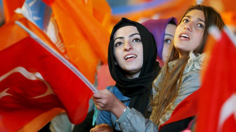 Politik, Türkei, Ahmet Davutoğlu, Recep Tayyip Erdogan, Parlamentswahl, Türkei
