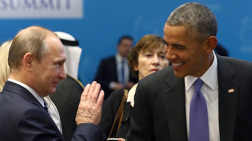 Ukraine: Der russische Präsident Wladimir Putin und US-Präsident Barack Obama unterhalten sich auf dem G-20-Gipfel in der Türkei.