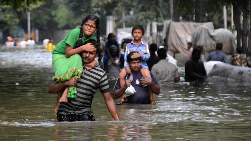 Überschwemmung Indien: Umweltminister gibt Westen Schuld an Flut