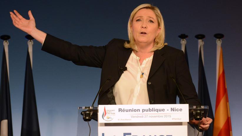 Frankreich: Marine Le Pen, Parteichefin der rechtsextremen Front National, beim Wahlkampf Ende November in Nizza