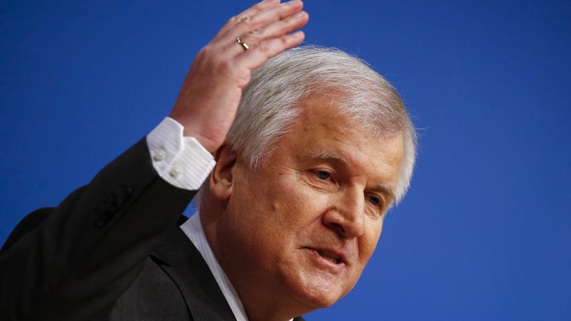 Ukraine-Konflikt: Seehofer fordert Ende der Sanktionen gegen Russland.