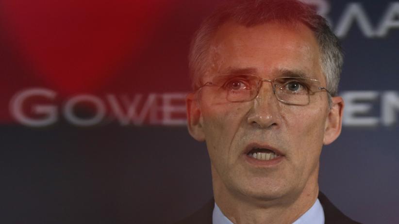 Nato-Generalsekretär: Nato-Generalsekretär Jens Stoltenberg bei einer Pressekonferenz in Serbien