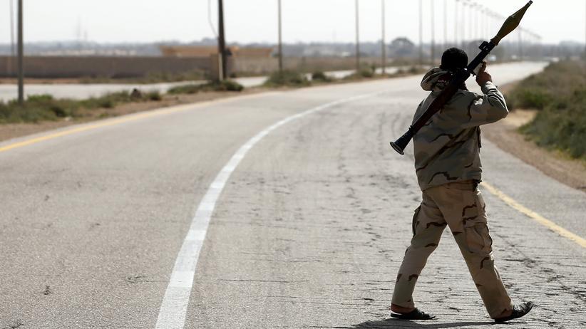 "Libyen: Kämpfer von ""Fajr Libya"" nahe Sirte"