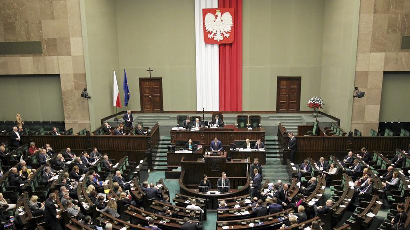 Polen: Debatte im polnischen Parlament über die Reform des Verfassungsgerichts