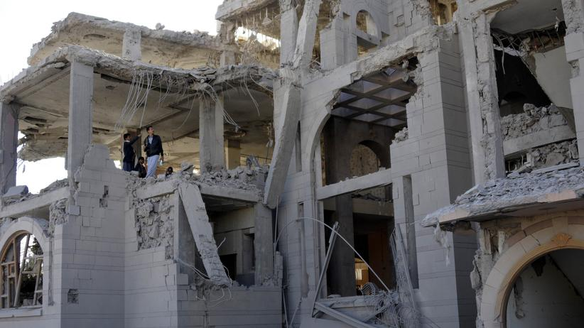 Jemen: Ein Haus in der jemenitischen Hauptstadt Sanaa, das bei einem saudischen Luftangriff zerstört wurde (Bild vom 8. Januar)