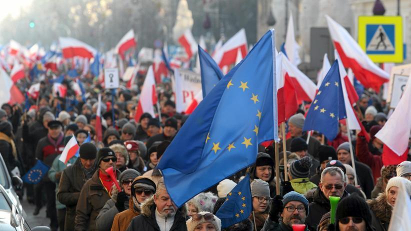 Protest gegen die polnische Regierung in Warschau