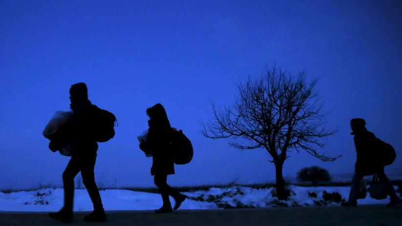 Flüchtlingskrise: Flüchtlinge an der mazedonisch-serbischen Grenze