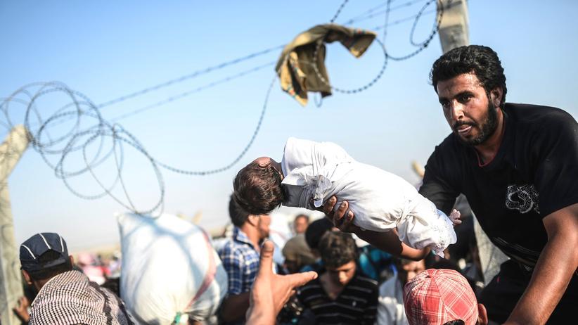 Türkei: Syrische Flüchtlinge nahe des syrisch-türkischen Grenzübergangs Akcakale (Archiv)