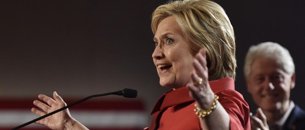Hillary Clinton gewinnt in Nevada gegen Bernie Sanders.