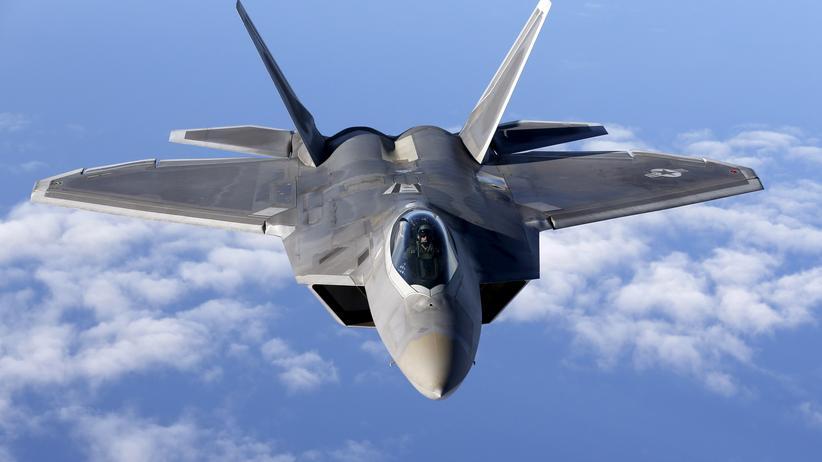 Nordkorea: US-amerikanischer F-22-Kampfjet (Archiv)