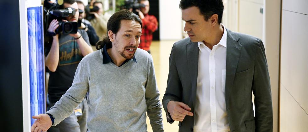 Podemos-Chef Pablo Iglesias und Sozialisten-Chef Pedro Sánchez kommen bisher politisch nicht zusammen
