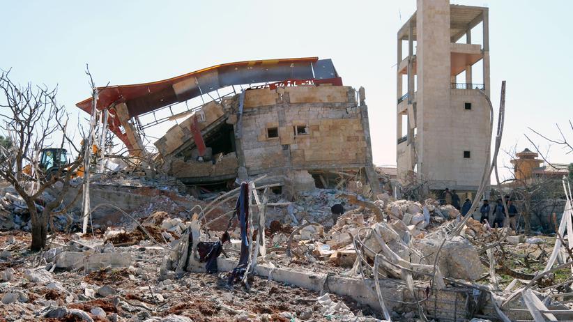 Syrien: Das Krankenhaus der Ärzte ohne Grenzen in der Syrischen Provinz Idlib wurde vermutlich durch russische Luftangriffe zerstört.