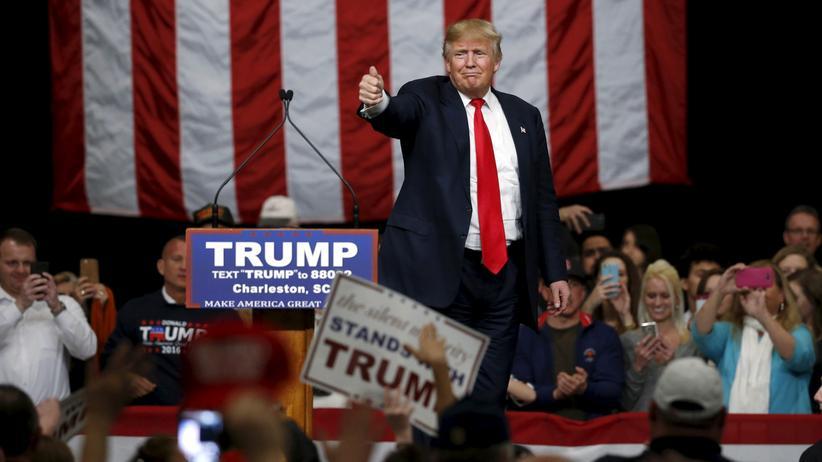 Erste Hochrechnungen sehen Donald Trump in South Carolina vorne.