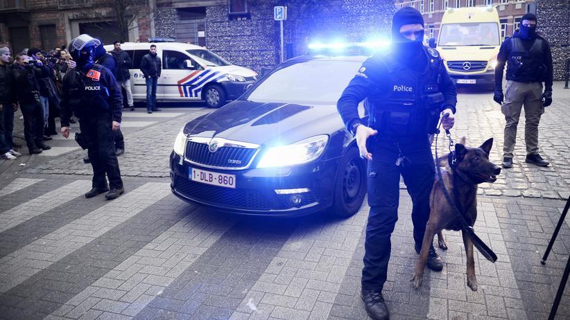 Terrorismus: Polizeieinsatz im Brüsseler Bezirk Molenbeek
