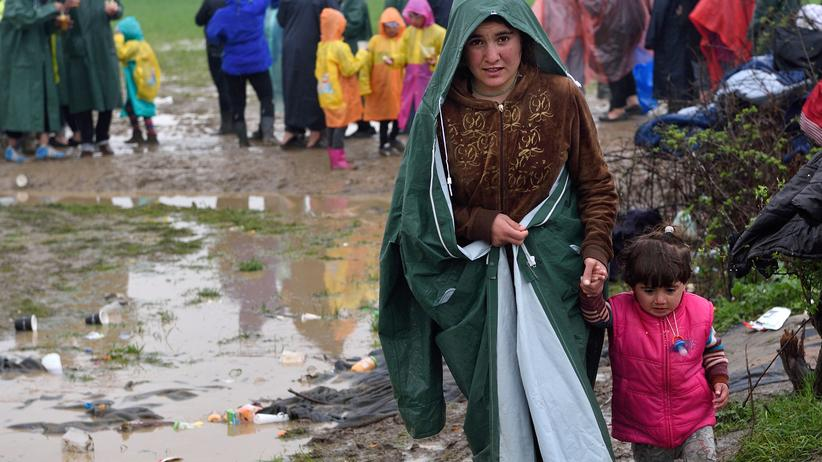 Idomeni: Flüchtlinge im Camp von Idomeni an der mazedonisch-griechischen Grenze