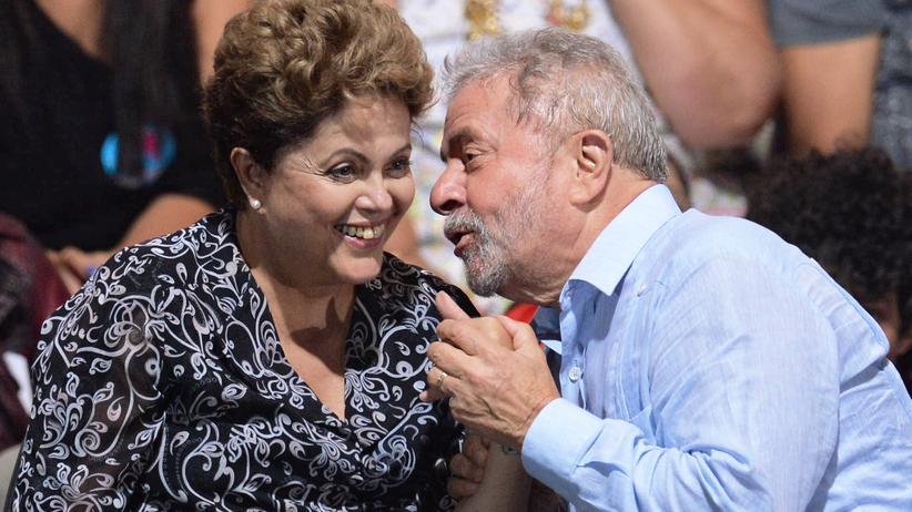 Luiz Inácio Lula da Silva: Die damalige Kandidatin der Arbeiterpartei Dilma Rousseff und ihr Vorgänger Lula da Silva auf einer Wahlkampfveranstaltung.