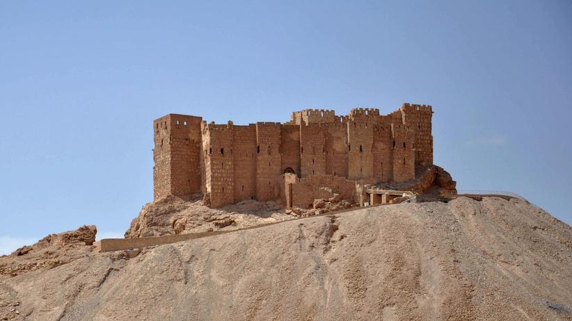 """""""Islamischer Staat"""": Die Zitadelle von Palmyra in einer Aufnahme von Mai 2015"""