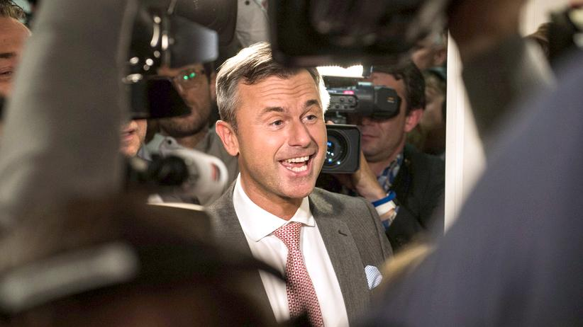 Norbert Hofer: Norbert Hofer in der Parteizentrale der FPÖ am 24. April