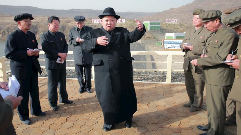Nordkorea: Nordkoreas Machthaber Kim Jong Un auf einem Propagandafoto