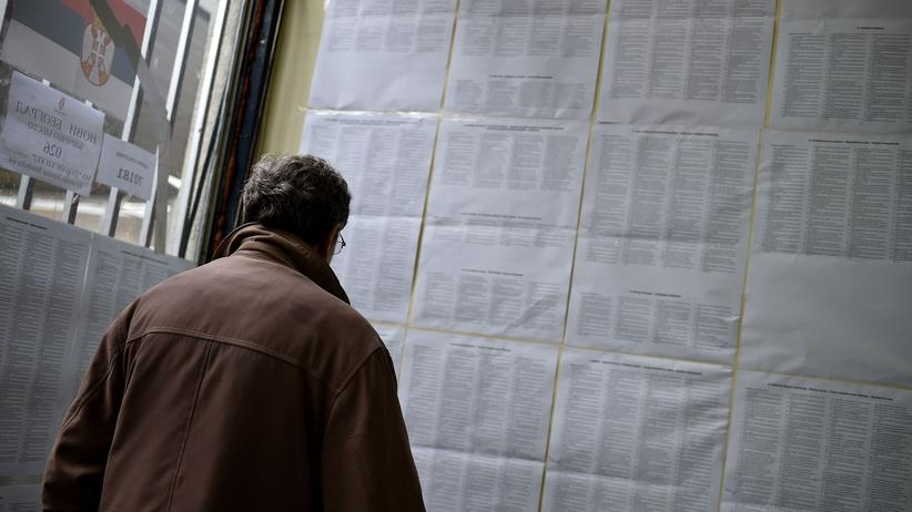 Serbien: Vučić gewinnt laut Hochrechnungen absolute Mehrheit