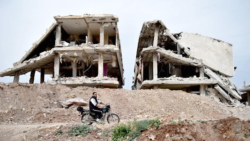 Belagerung: Im von der bewaffneten Opposition gehaltenen syrischen Dorf Teir Maalah, nördlich von Homs