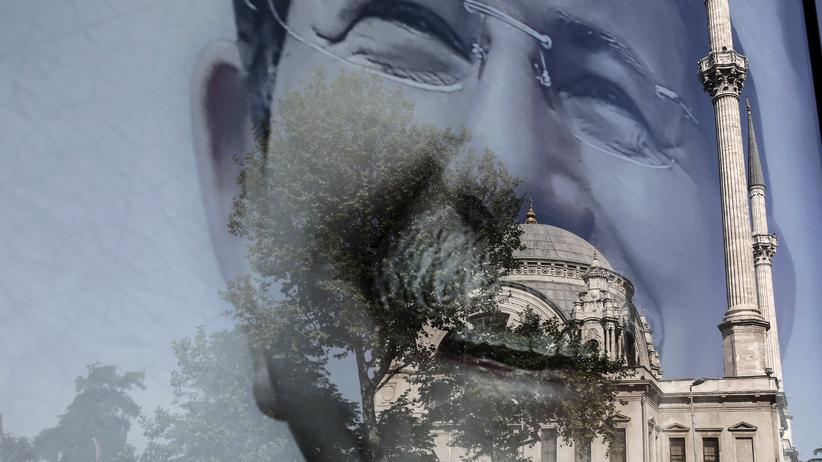 Türkei: Deutsche Politiker bedauern Davutoğlu-Rücktritt