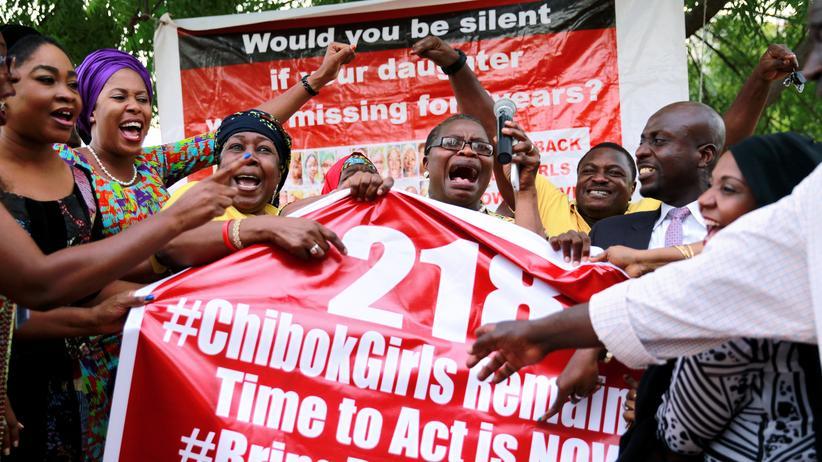 Aktivistinnen setzen sich für die Befreiung der Mädchen aus Chibok ein.