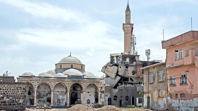 Zerstörte Häuser im kurdischen Diyarbakır