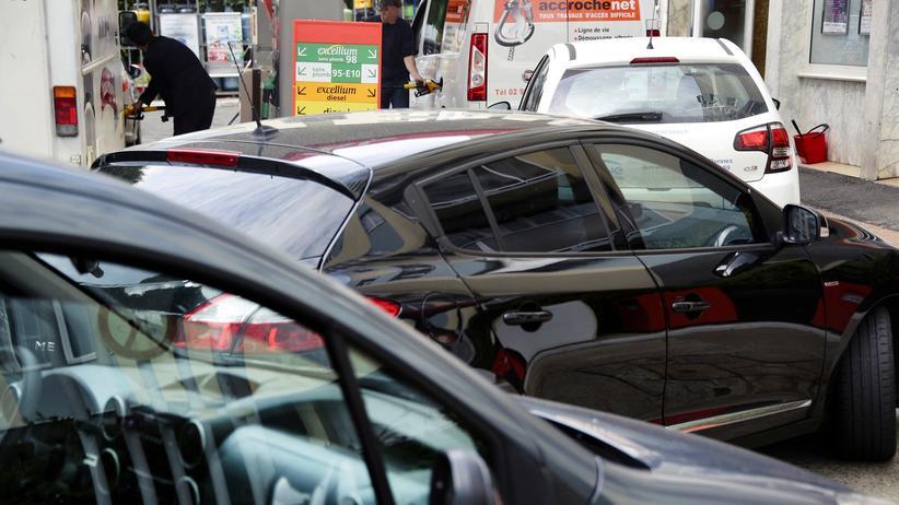 Rationierung Benzin Frankreich