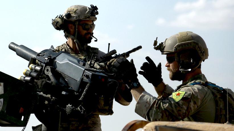syrien-krieg-abzeichen-ypg-soldaten-usa-1