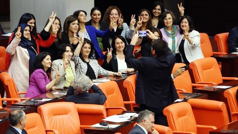 Türkei: Eklat im Parlament in Ankara